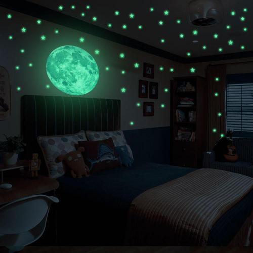 stelle e luna luminescenti
